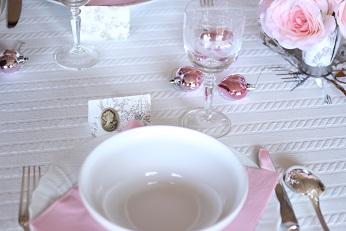パリの小物でテーブルコーディネイト|おもてなし料理教室  料理研究家 熊谷真由美のラクレムデクレム