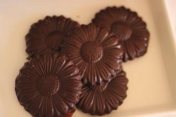 型抜きチョコレート レシピ|お菓子教室 熊谷真由美のラクレムデクレム