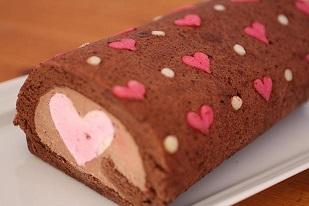 お菓子教室|千葉県ハート切り口 デコロールケーキ レシピ