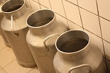 フェルミエのミルク缶|千葉県浦安市の料理教室 熊谷真由美のラクレムデクレム