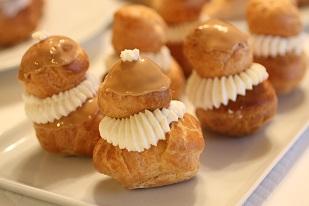 シュークリーム.パリでどこにでもある定番フランス菓子、ルリジュース|千葉県浦安市のお菓子教室 熊谷真由美のラクレムデクレム