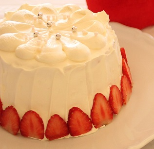 シフォンンショートケーキ|フランス菓子研究家のフランス菓子教室は初心者さんの一日体験受付中|東京ベイ 千葉県浦安市