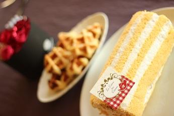 ベルギーワッフルレシピ作り方|千葉県浦安市のお菓子教室 熊谷真由美のラクレムデクレム