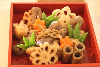 おせち料理の盛り付けと飾り切り|千葉県浦安市の料理教室 熊谷真由美のラクレムデクレム
