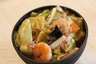 お野菜たっぷり中華丼でおもてなし