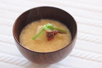 結び三つ葉|料理研究家の料理教室 熊谷真由美のラクレムデクレム