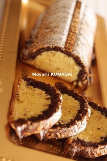 のろ鹿の背中という意味のアーモンドのドイツの伝統バターケーキ「マンデル レーリュッケン」